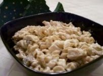 Rotini noodles and chicken