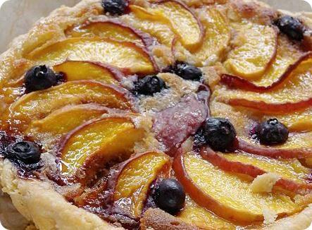 Almond Cream Peach Pie