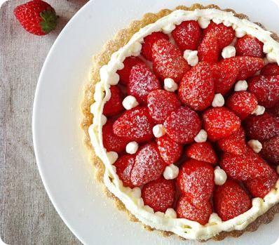 Strawberry White Chocolate Cream Pie