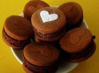 Chocolate Mud Cake Cookie Sandwiches